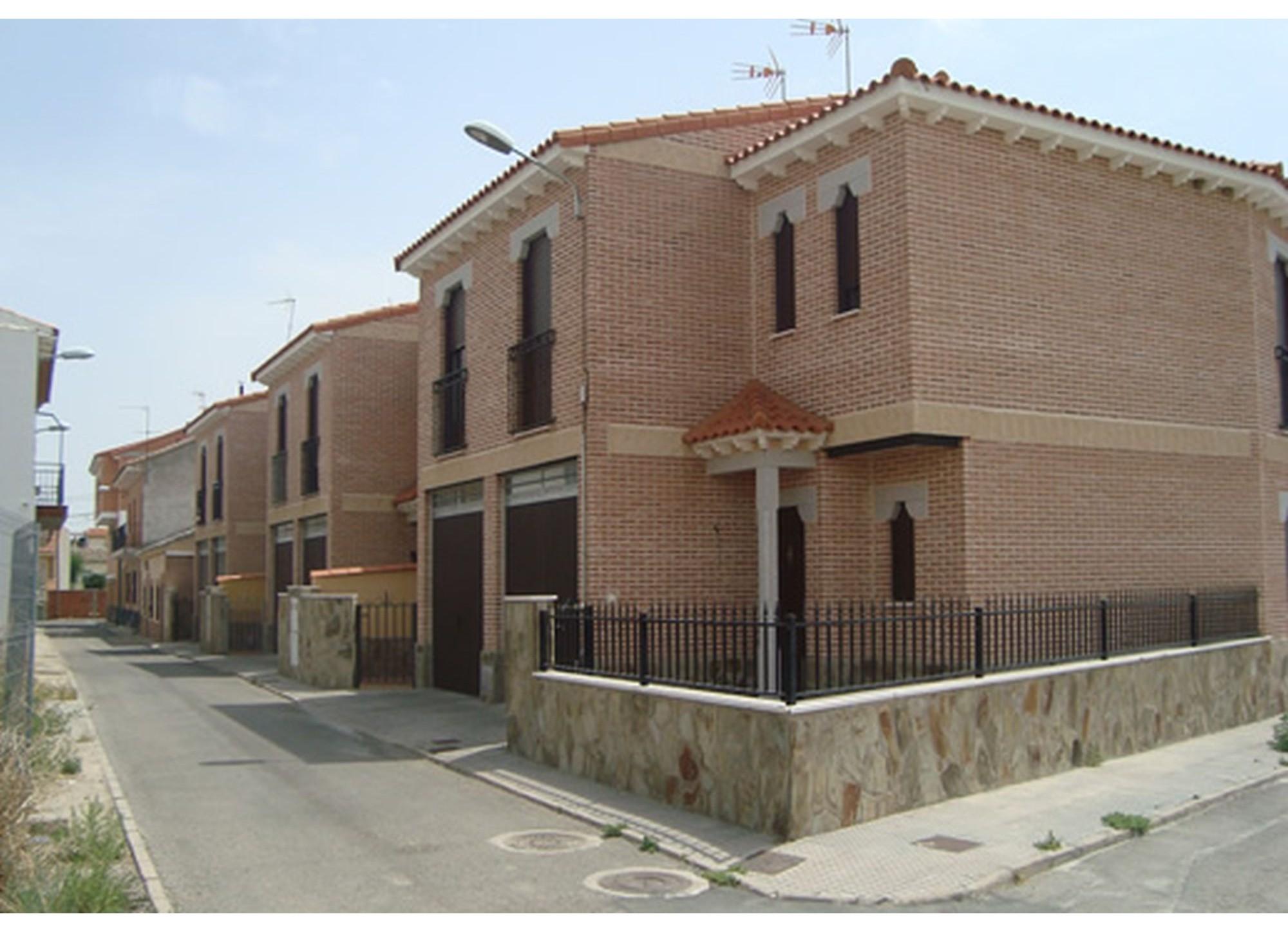 Calle Magallanes, Chalets calle Magallanes (Toledo)