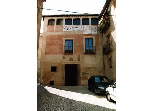 Calle San Bartolomé, Edificio en calle San Bartolomé (Toledo)